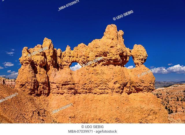 USA, Utah, Garfield County, Bryce Canyon National Park, Windows on the Navajo Loop Trail
