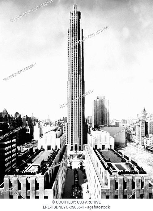 The RCA building in Rockefeller Center, New York City, circa 1970. CSU Archives/Courtesy Everett Collection