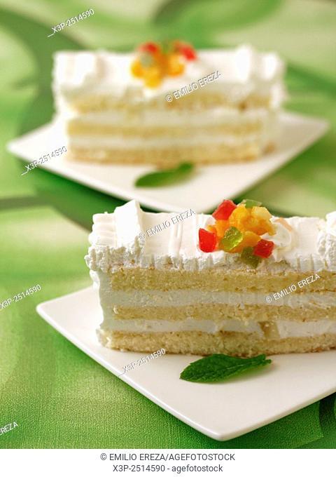 Layered sponge cake
