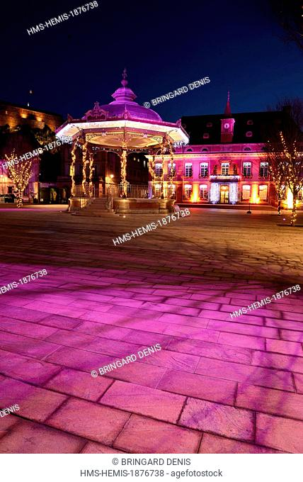 France, Territoire de Belfort, Belfort, Place d Armes, town hall, bandstand, castle and the Lion, Christmas lights