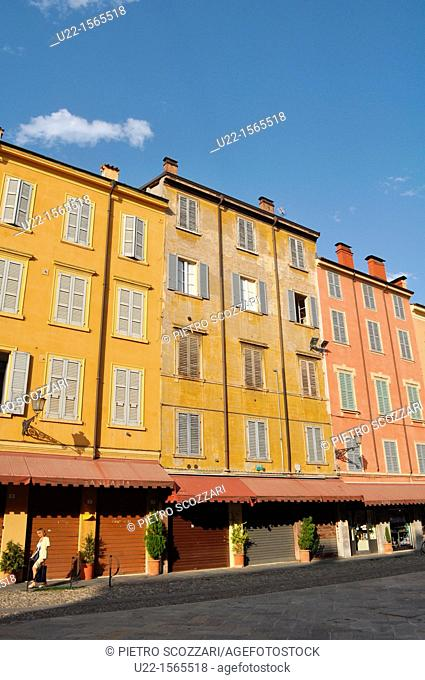 Modena (Italy): houses in Piazza XX Settembre