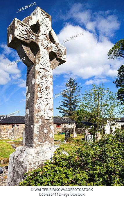 Ireland, County Sligo, Drumcliff, celtic crosses