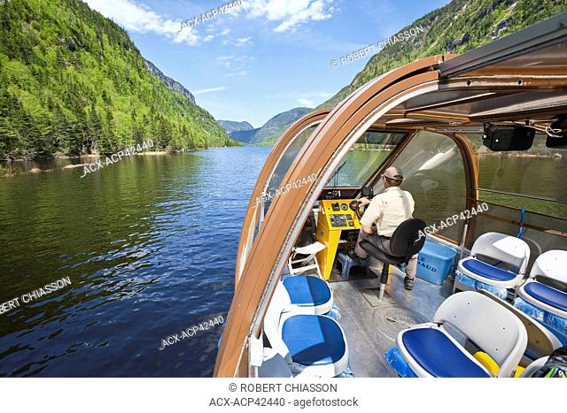 Riverboat or 'bateau-mouche' as it is referred to locally, Hautes-Gorges-de-la-Rivière-Malbaie National Park, one of the core zones of the Charlevoix World...