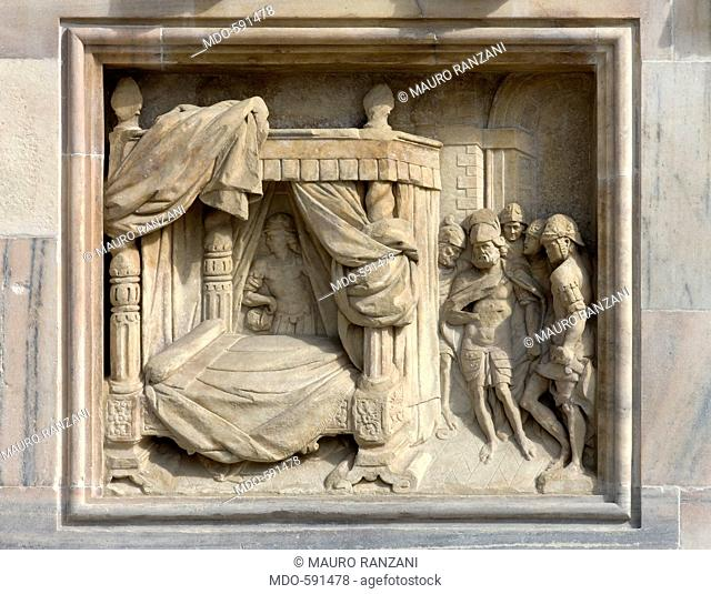 Solomon's bed, by Andrea Prevosto, 1654, 17th Century, Candoglia marble. Italy, Lombardy, Milan, Duomo, Facade. Detail. A group of soldiers survey Solomon's bed