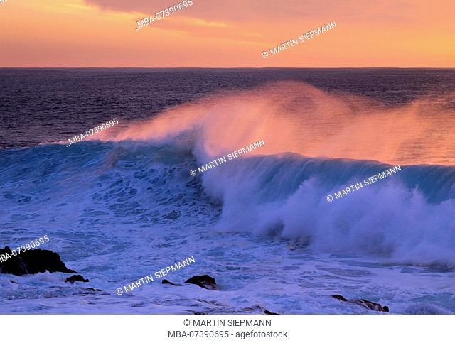 Sea wave in evening light, Valle Gran Rey, La Gomera, Canary Islands, Canaries, Spain