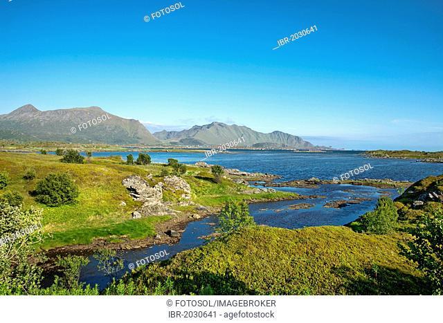 Bay near Leknes, Vestvagoy, Lofoten, Northern Norway, Norway, Scandinavia, Europe