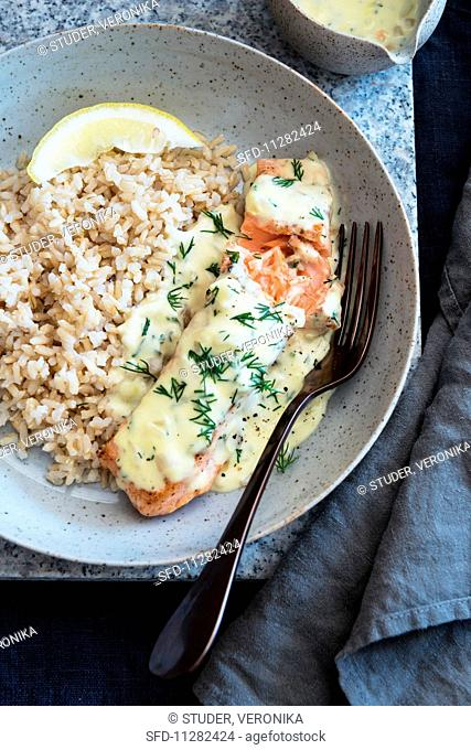 Salmon with dill sauce and rice