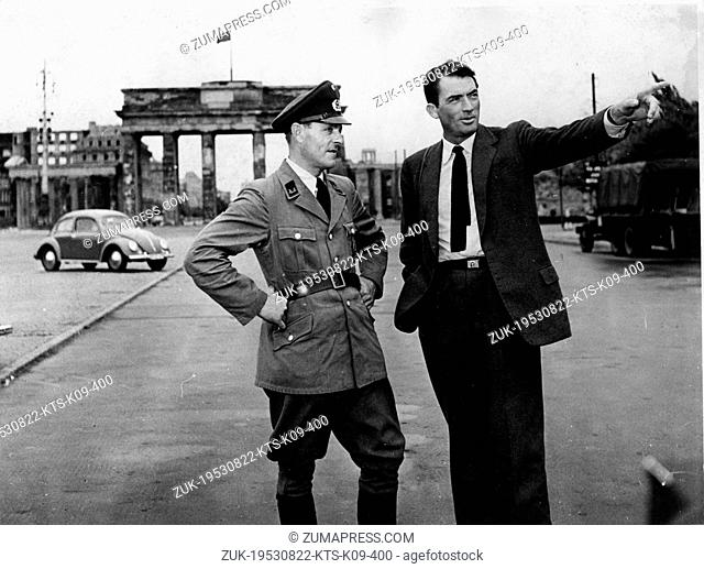 Oct. 21, 1954 - Berlin, Germany - Actor GREGORY PECK (1916-2003) was born in La Jolla, California. Pictured in Berlin for the making of the American film