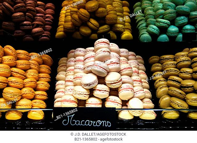 'Macarons' small cakes speciality of Bordeaux, Gironde, Aquitaine, France