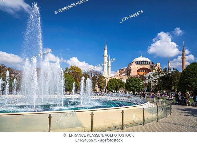 The Hagia Sophia Museum and decorative water fountains in Sultanahmet, Istanbul, Turkey, Eurasia