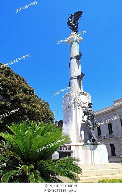 Italia, Calabria, Reggio di Calabria. Monumento ai Caduti di tutte le guerre