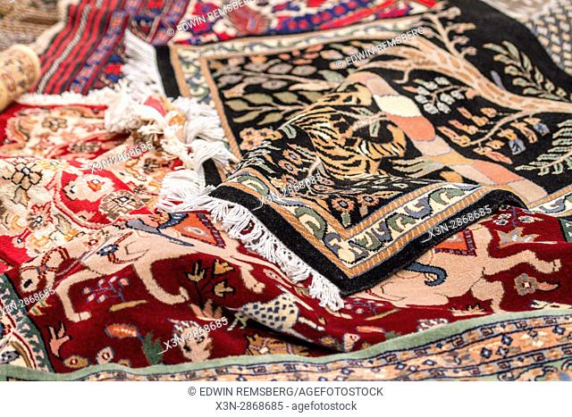 Jaipur, India - Tradition oriental rugs