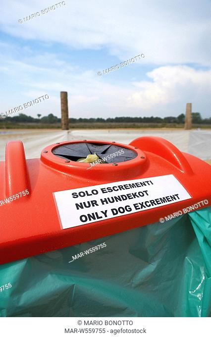 container for dog excrement, bibione, veneto, italy