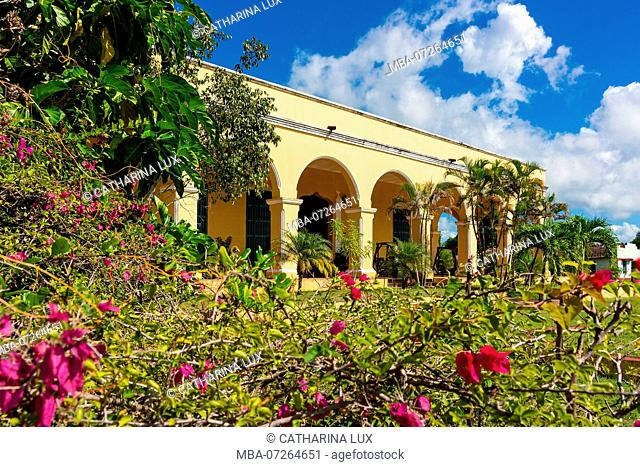 Cuba, Valle de los Ingenios, Manaca Iznaga, mansion