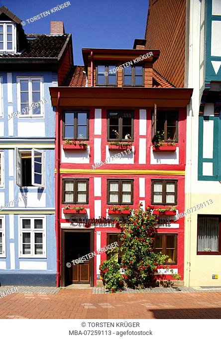 Historic half-timbered house, old town, Hildesheim, Lower Saxony, Germany, Europe