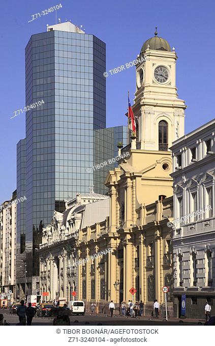 Chile, Santiago, Plaza de Armas, Museo Historico Nacional,