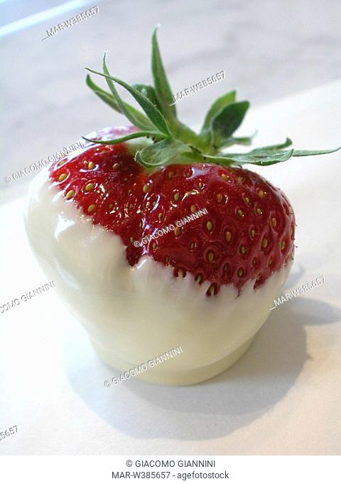 strawberry with white chocolate, godiva chocolatier, brussels, belgium