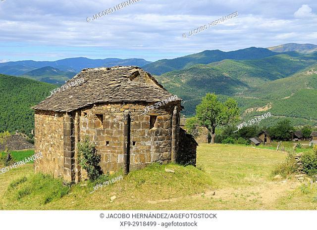 Roman hermitage of San Lorién. El Pueyo de Araguás. Huesca province. Aragón. Spain