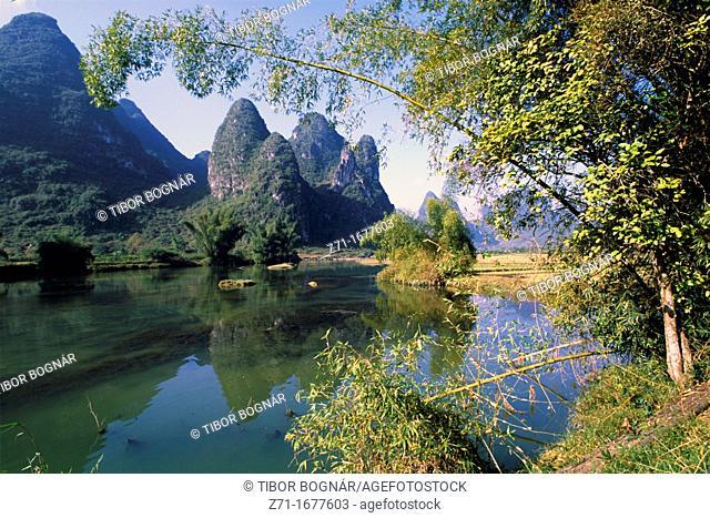 China, Guangxi province, landscape near Yangshuo