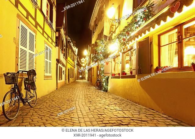 """""""""""""""""""""""La Petite Venise"""""""" (Little Venice) restaurant with Christmas decoration. Colmar. Wine route. Haut-Rhin. Alsace. France"""