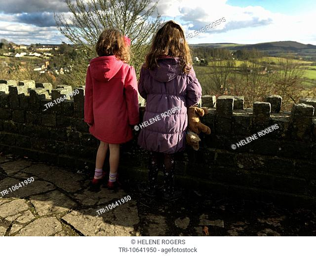 Dorset England Shaftesbury Children Out For A Walk In The Countryside Looking At View
