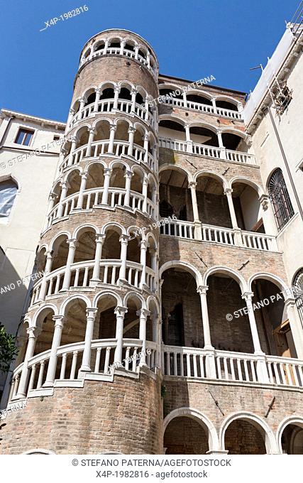Palazzo Contarini del Bovolo, Palace, Venice, Italy