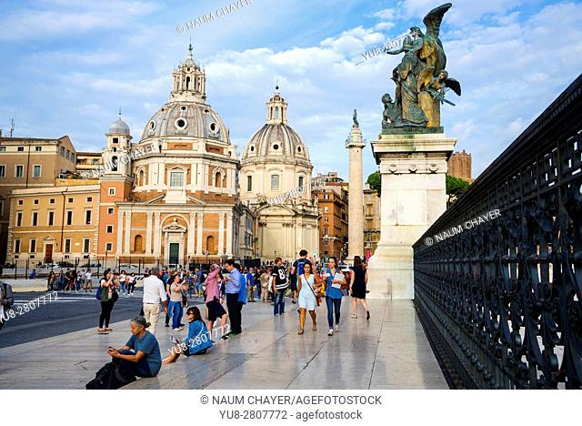 The two Baroque churches Santa Maria di Loreto and Santissimo Nome di Maria , Trajan's Column, Rome, Italy, Europe
