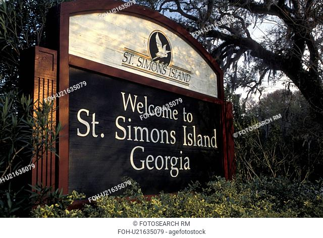 St. Simons Island, GA, Golden Isles, Georgia, Welcome sign to Saint Simons Island in Georgia