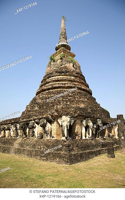 Wat Chang Lom. Sukhothai, Thailand