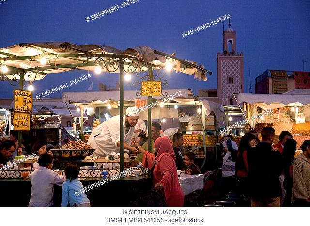 Morocco, Marrakesh, Imperial City, Medina listed as World Heritage by UNESCO, Djeema el Fna Square, outdoor restaurants