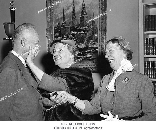 President Eisenhower with Helen Keller and her aide Polly Thompson. November 3, 1953. Patty Duke played Helen Keller in THE MIRACLE WORKER