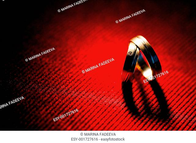 Heart shadow of wedding rings