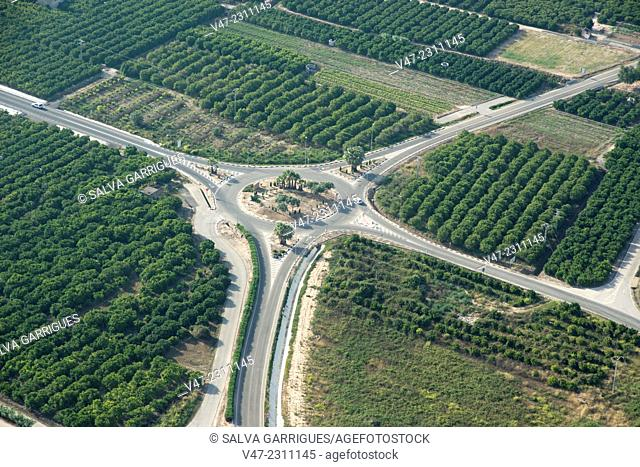 Roundabout to distribute the traffic on Spanish roads, Valencia, Spain, Europe