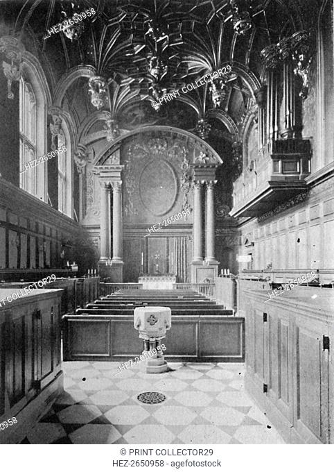 'The Chapel, Hampton Court Palace', 1903. Artist: Unknown