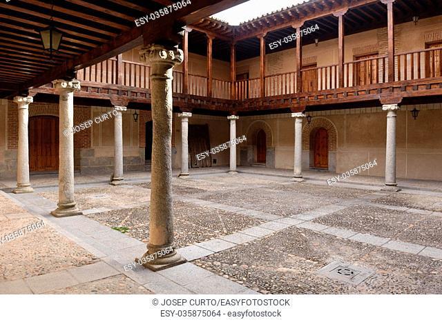 Courtyard, Hospital de la Purísima Concepción,Madrigal de las Altas Torres,Avila province. Castile-Leon. Spain
