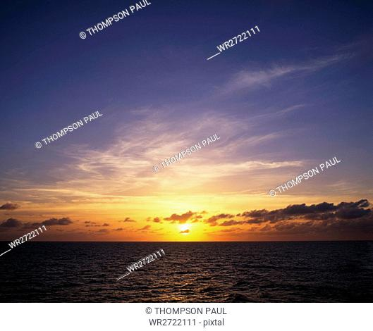 90900108, Sunset, over, water, scenic, seascape, m