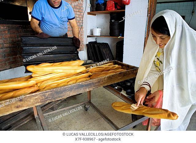 Tunez: Kairouan  Bakery, in Rue du Haut